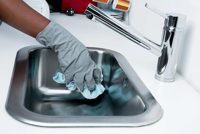 pulire acciaio-acciaio-lavello