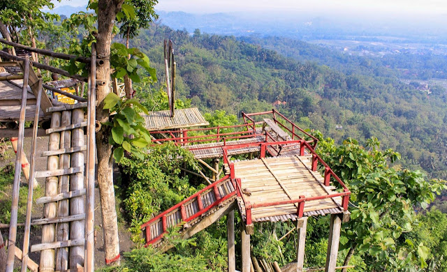 Punthuk Kendil Borobudur