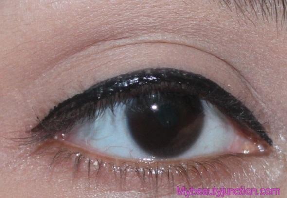 0b15087ec6e29 IT Cosmetics Bye Bye Under Eye Concealer review - Cosmetopia Digest ...