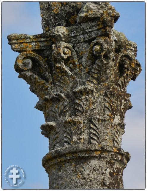 PAGNY-LA-BLANCHE-COTE (55) - Croix de chemin (XVIIIe siècle)