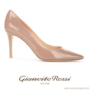 Sophie, Countess of Wessex style Gianvito Rossi Bari 85 Patent-Leather Court Shoes
