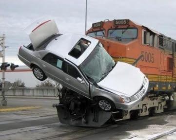 Alasan Logis Mengapa Mesin Mobil Sering Mati Diatas Rel
