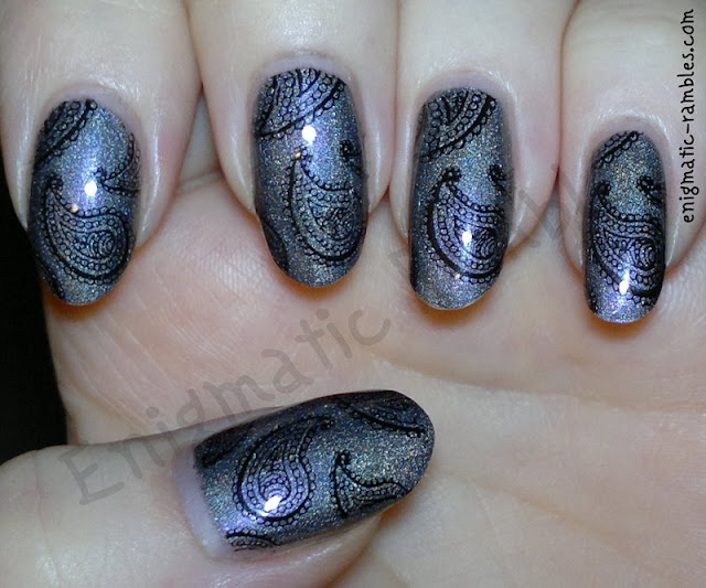paisley-stamped-holo-nails-nail-art-bundle-monster-BM315-315-a-england-ascalon