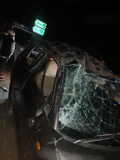 कार पलटने से बच्चों सहित 9 लोग घायल