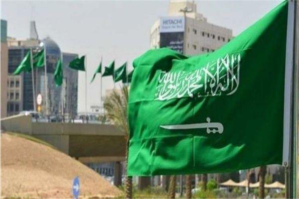 إلغاء نظام الكفيل.. 8 معلومات عن نظام عقود العمل الجديد بالسعودية للوافدين