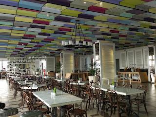 ruang makan the 101 Hotel SuryaKancana Bogor