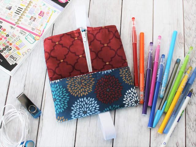 pen holder for notebook