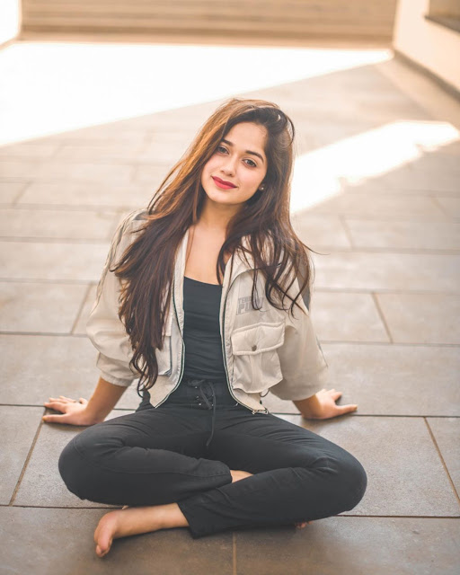 jannat zubair photo gallery