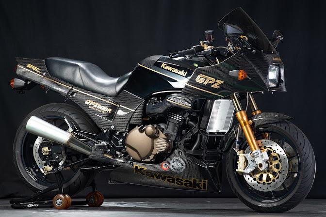 A-Tech Black Diamond Carbon Bodywork Kawasaki GPZ 900R Ninja Special