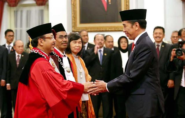 Omnibus Law Sia-sia Dibawa ke MK, Hakimnya Dipilih DPR dan Presiden