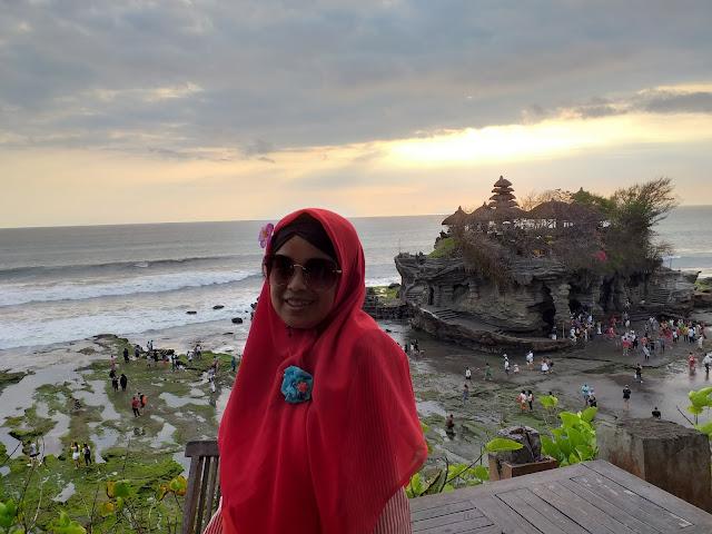 Mombassador SGM Eksplor Goes To Bali at Tanah Lot
