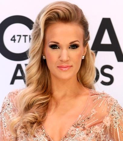 Foto de Carrie Underwood bien maquillada