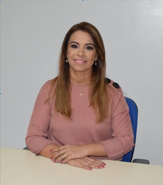 TRISTE: ANDRÉA DIAS É AFASTADA DO CARGO