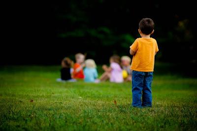 12 Tips Ampuh Menghilangkan Rasa Minder/ Tidak Percaya Diri