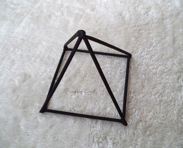 DIY Pyramid Sculpture