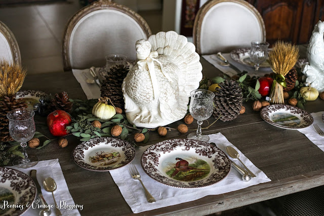 Natural Farmhouse Thanksgiving Table