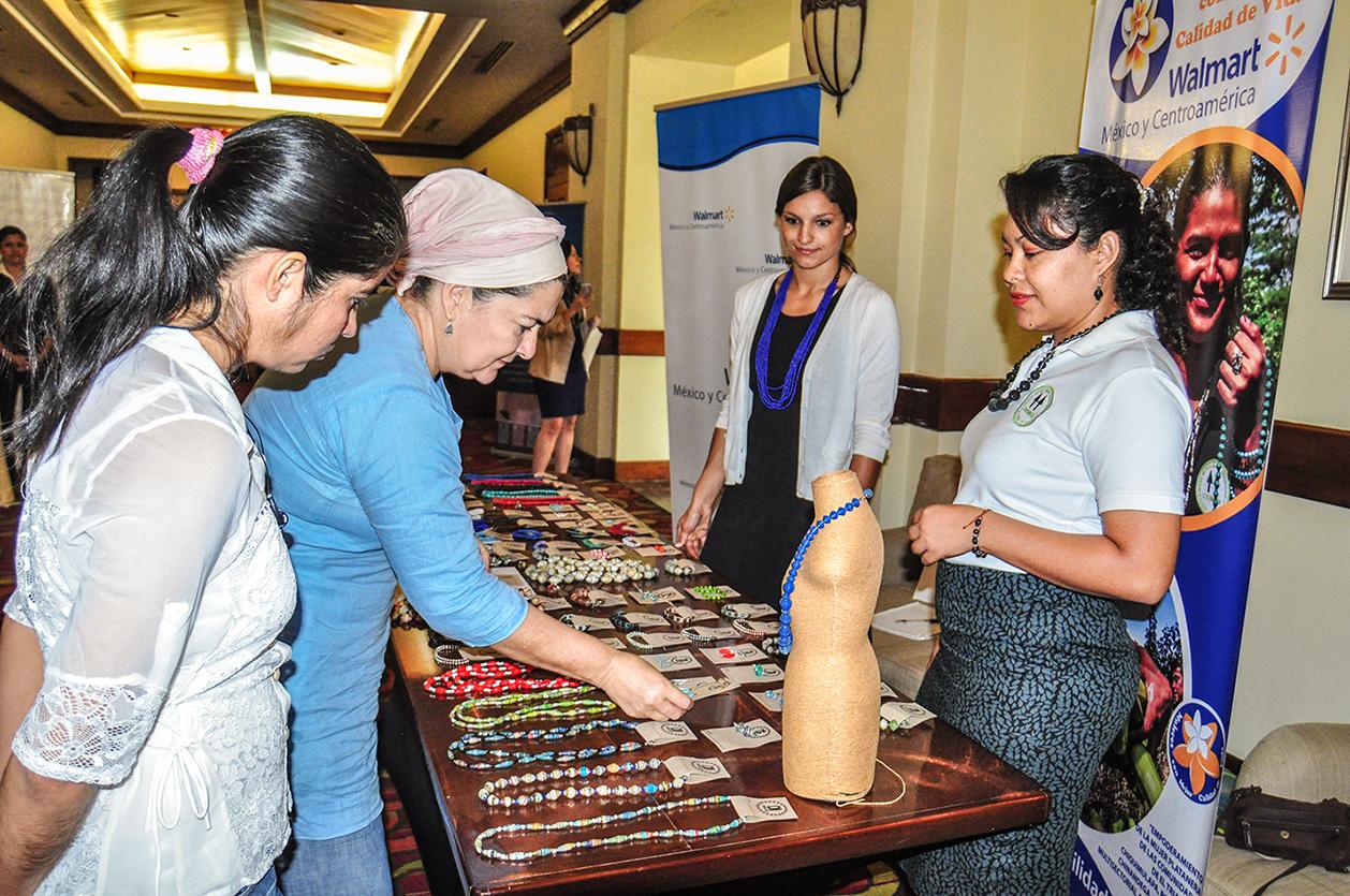 \u201cPara Walmart el empoderamiento económico de las mujeres es uno de los pilares de Responsabilidad Social. Es por ello que, en alianza con socios