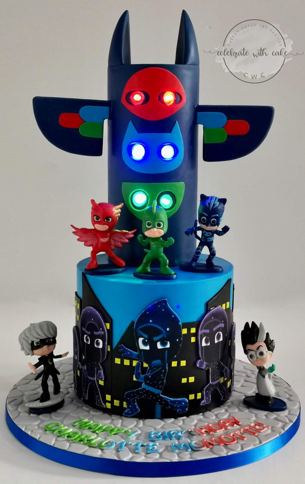 celebrate with cake!: pj masks with hq cake