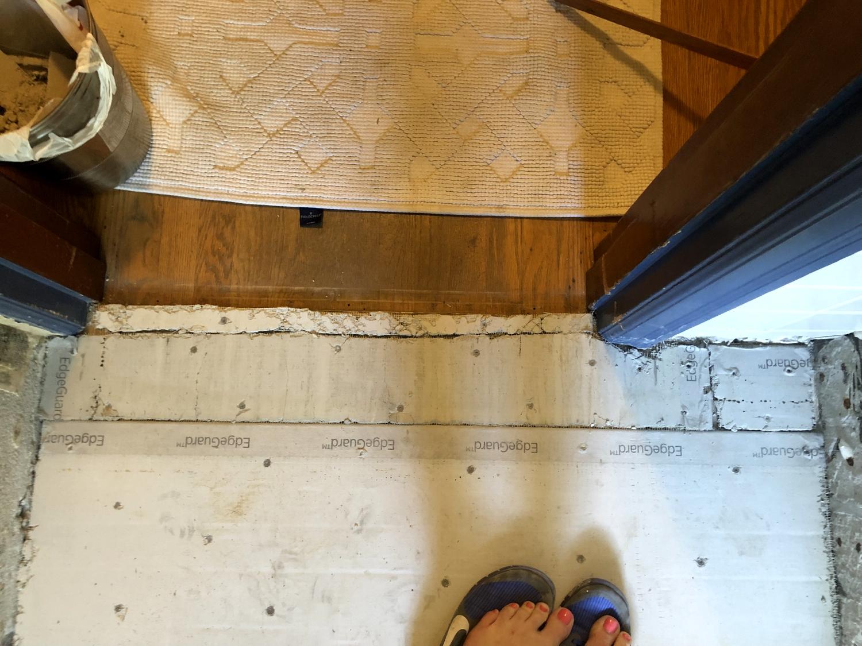 how to lay mosaic tile flooring week