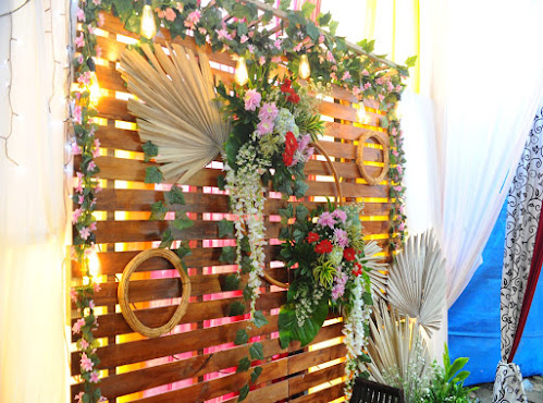 Backdrop untuk photobooth, lamaran dan acara akad nikah