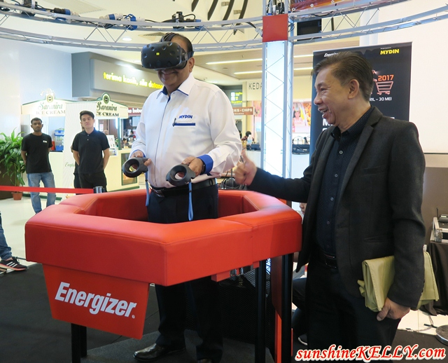 Shop In The Dark with Virtual Reality by Energizer