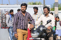 Kalaiyarasan Satna us Starring Yeidhavan Movie Stills  0016.jpg