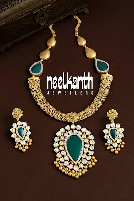 Polki Antique Choker with Pendant