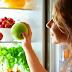 Ποια φρούτα δεν πρέπει να βάζετε στο ψυγείο και γιατί;