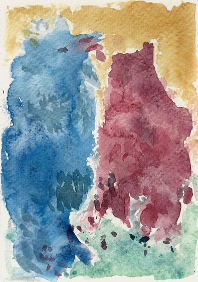 Katze und Hund zusammen stehend