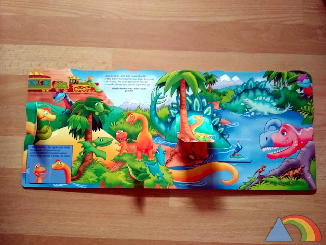 Interior del libro Dinotren ¡Todos al valle de los volcanes!
