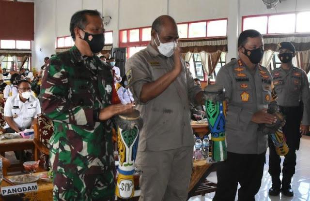 Pangdam XVIII/Kasuari Canangkan 'Kampung Tangguh' Papua Barat