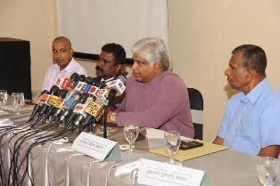Arjuna Ranatunga spaks about Muttiah Muralitharan