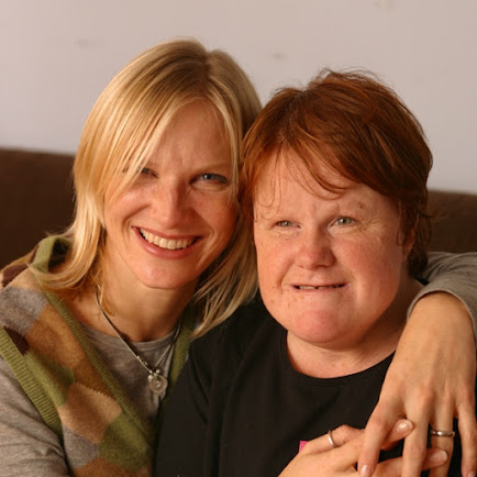 photo of the broadcaster Jo Whiley with her arms around her sister Frances