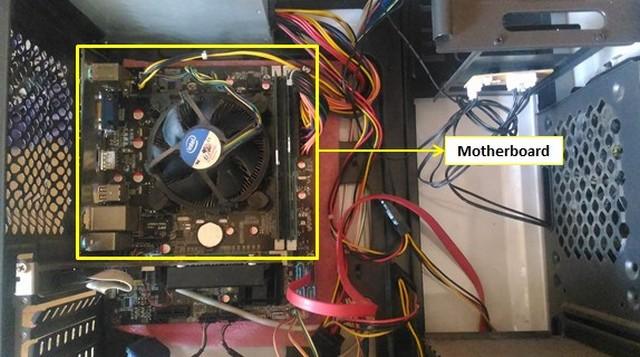 Motherboard Komputer dan Pengertiannya