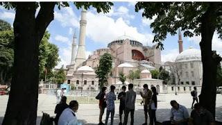 Turkey's President Erdogan turns Istanbul's Hagia Sophia museum to a mosque