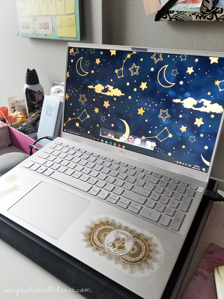 bblogger, bbloggers, lifestyle blogger, what i got for christmas, stocking stuffers, dell, dell inspiron 5000, color display, light up keyboard, new laptop