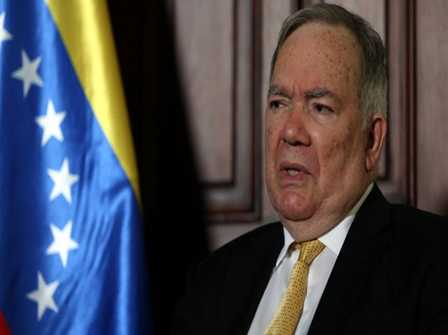 "Roy Chaderton: ""El presidente de Colombia es un miserable"""