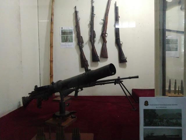 senapan museum perjoangan