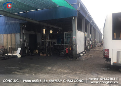lắp máy chấm công tại xí nghiệp xe khách hoàng long