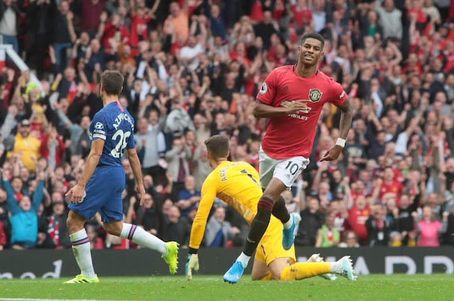 Marcus Rashford stole the show as he scored twice to help Manchester United thrash Chelsea 4-0 in the season opener