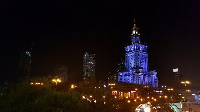 Nocne warszawskie Śródmieście
