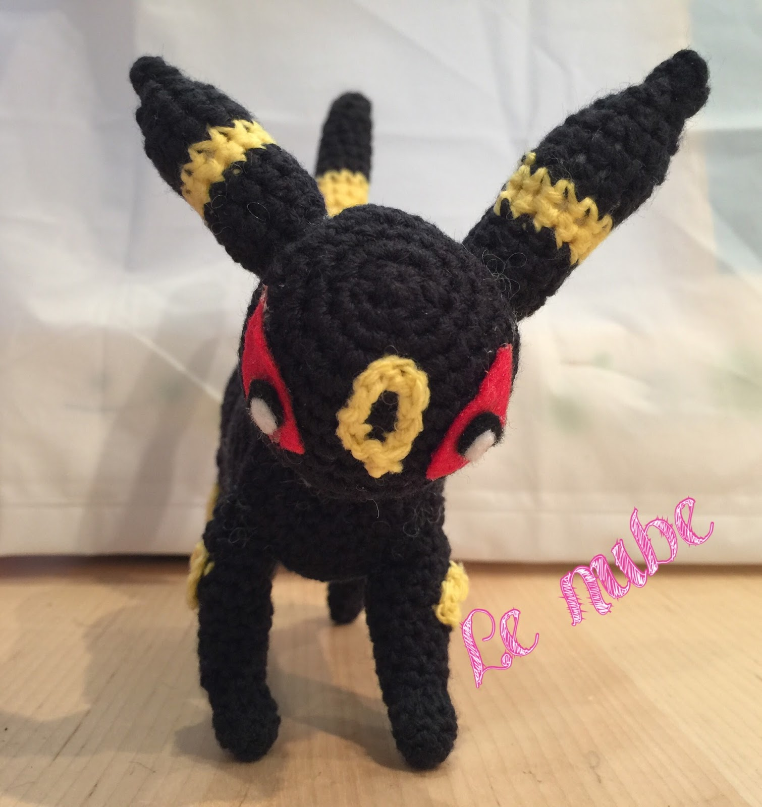 Patrón amigurumi pokemon umbreon