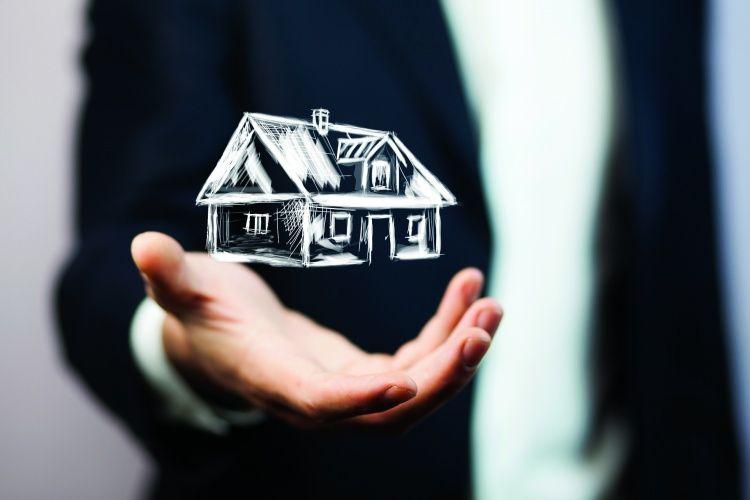 Inmobiliarias en crisis, piden las habiliten a abrir dos veces por semana
