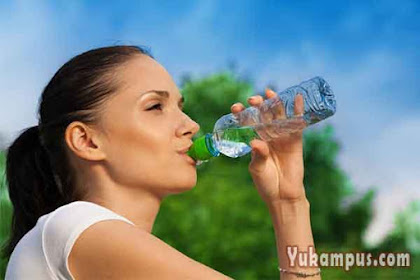 8 Contoh Iklan Minuman Segar dan Sehat yang Menarik