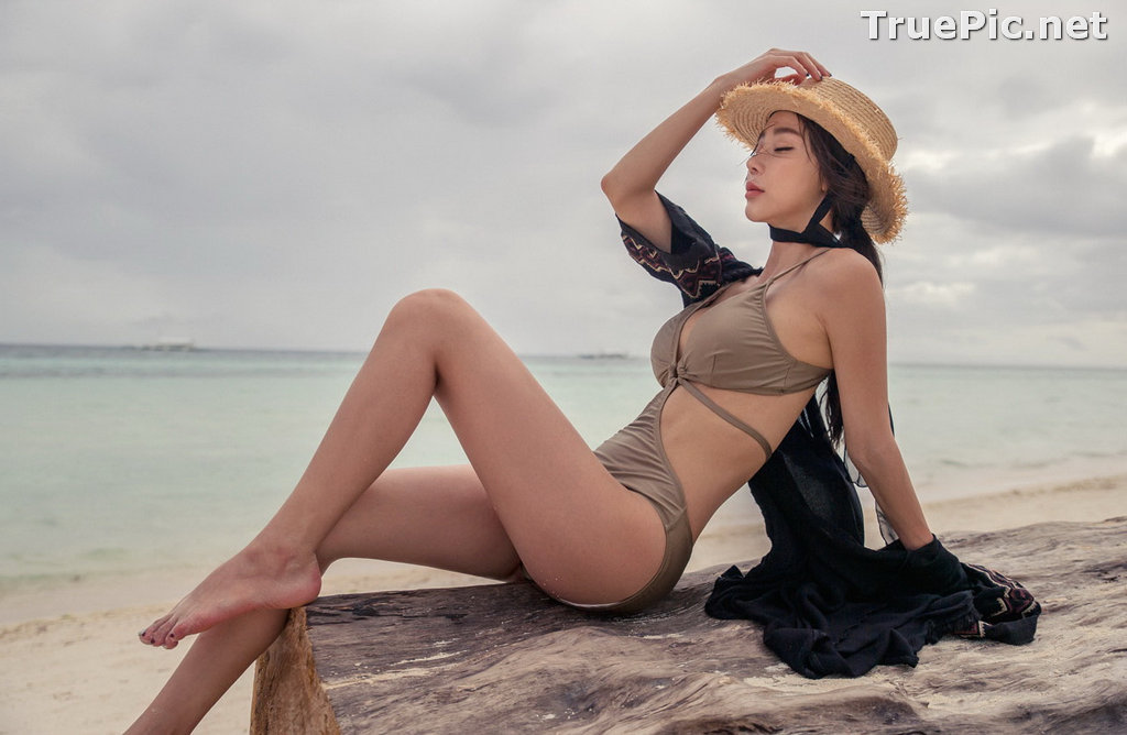 Image Korean Fashion Model - Hyun Kyung - Warm Brown Monokini - TruePic.net - Picture-4