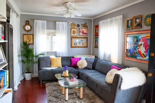 ruang tamu minimalis dan sederhana