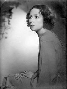 Eleanor Hibbert photographic portrait, 1930s