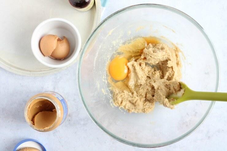 Egg and vanilla extract