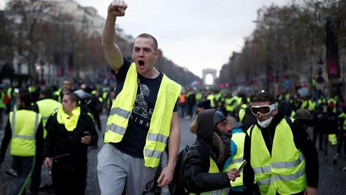 Желтые жилеты предлагают РФ объединиться в борьбе с врагом всех народов