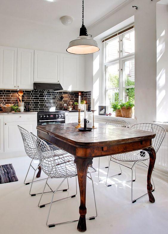 Muebles de comedor comedores con mesas clasicas y sillas - Mesas de comedores ...